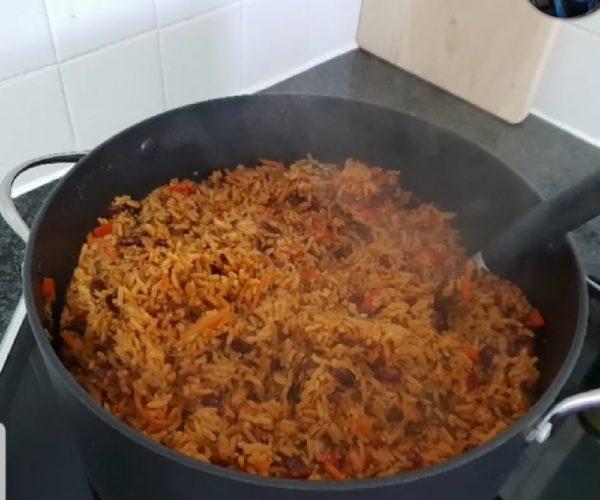 מתכון כתוב + סרטון להכנת  אורז צבעוני… מ ע ד ן_מתכון של תילי טובה