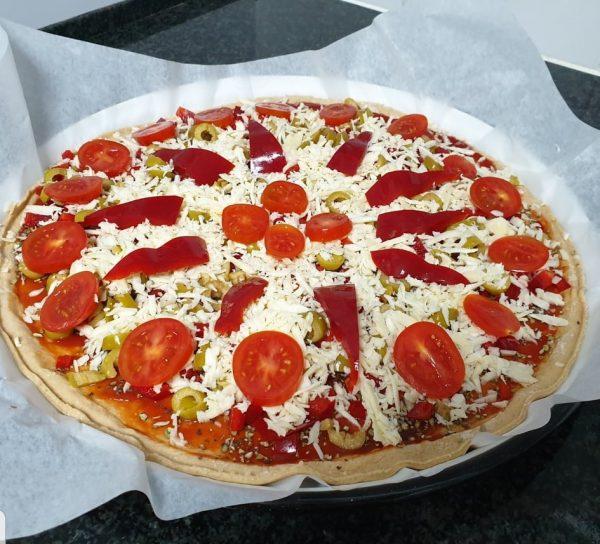 מתכון כתוב + סרטון להכנת פיצה מקמח כוסמין  ללא התפחה_מתכון של תילי טובה