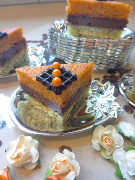 חיתוכיות 3 שכבות :פיסטוק,שוקולד שקדים,גזר_מתכון של שלומית שחר