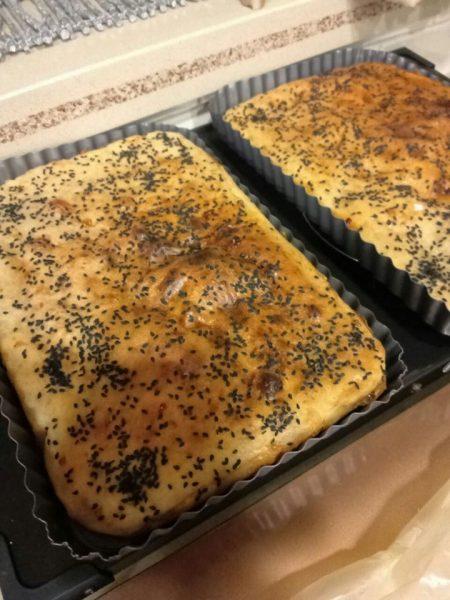 לחם שום גבינה צהובה ואריסה_מתכון של שלומית שחר