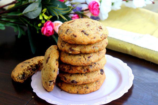 עוגיות שוקולד צ'יפס שהן גם רכות וגם פריכות_מתכון של מדלן אביב