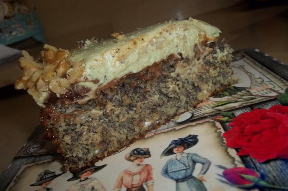 עוגת פרג ומחית פיסטוקים מזמינה ומיוחדת_מתכון של ג'וליאנה רומני חכמון