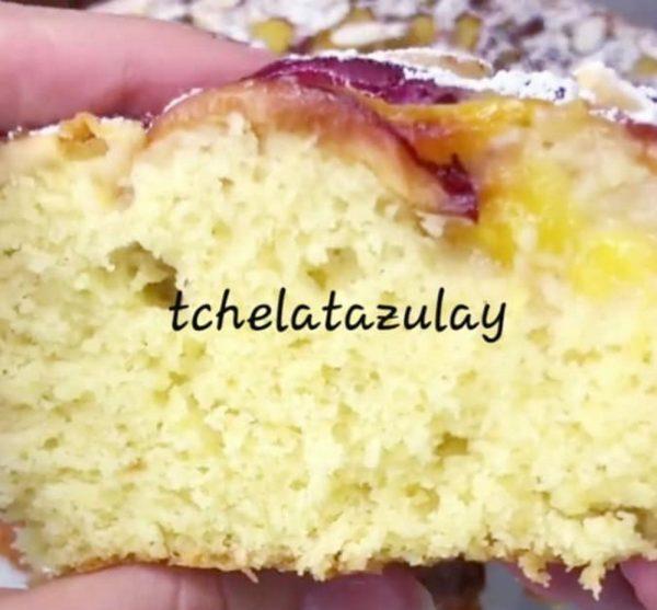 עוגת שזיפים תפוחי עץ ושקדים_מתכון של המטבח של תכלת
