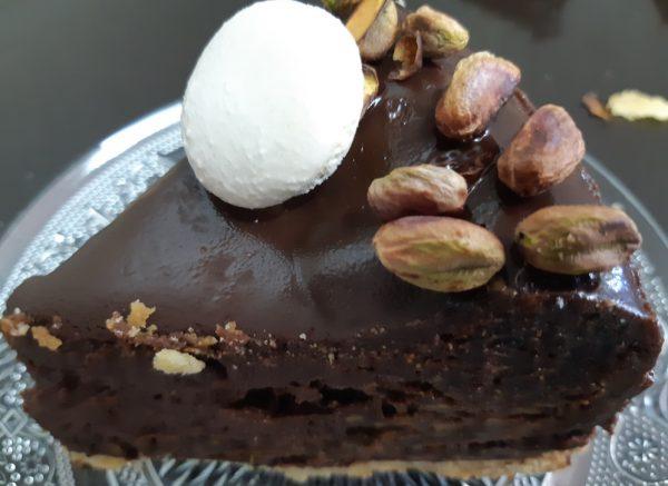 עוגת שוקולד ופיסטוק על בצק פריך, בציפוי גאנש/אורנה ועלני😋_מתכון של אורנה ועלני
