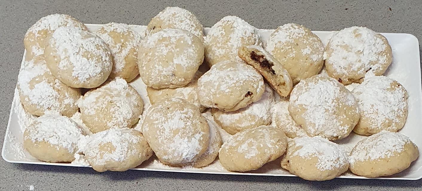 עוגיות במילוי שוקולד מריר ופיצוחים_מתכון של יפה וקס-ברקו