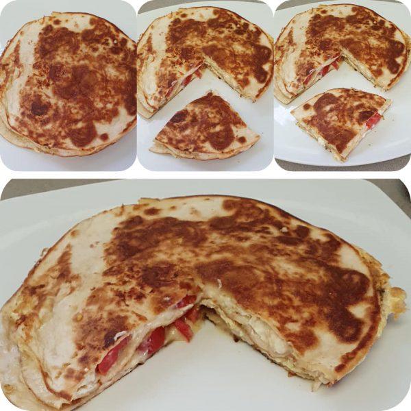 שכבות טורטיה עם ביצים גבינות ועגבניות שרי במחבת_מתכון של יפה וקס-ברקו