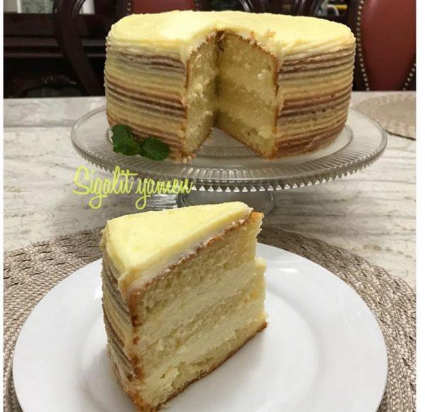 עוגת טורט לימון,קרם לימון,קרם שמנת מתוקה וגבינה מסקרפונה_מתכון של סיגלית ימין