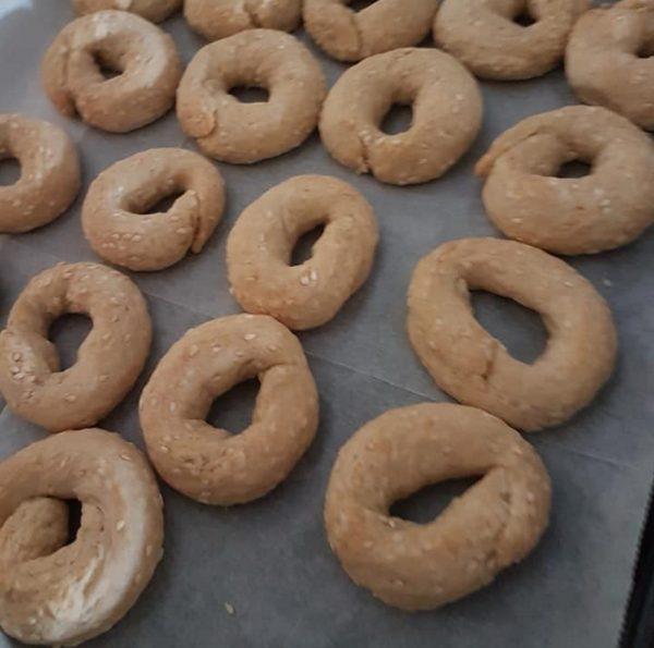 עוגיות מלוחות עם שומשום_מתכון של שולה סאלי ימין