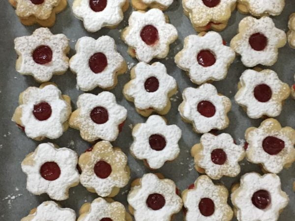 מתכון כתוב + סרטון המחשה להכנת עוגיות במילוי ריבה_מתכון של דורית לוי