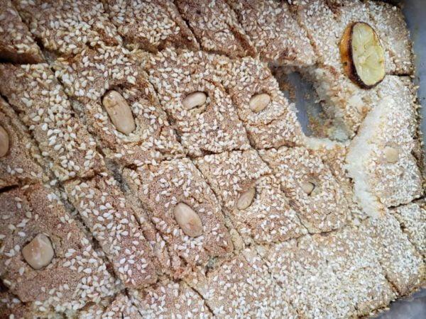 ספרה גלבלוז…עוגת סולת טריפוליטאית_מתכון של לאה בוארון