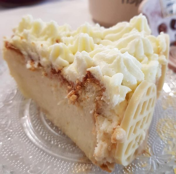 חגיגה בלבן..עוגת גבינה אפויה_מתכון של נורית יונה