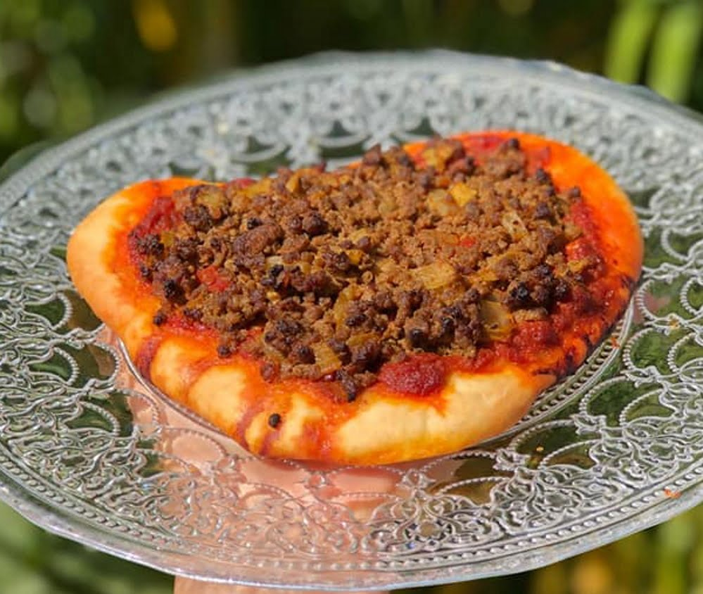 לחמא בעג'ין – לחם עם בשר_מתכון של אילנה בוכריס