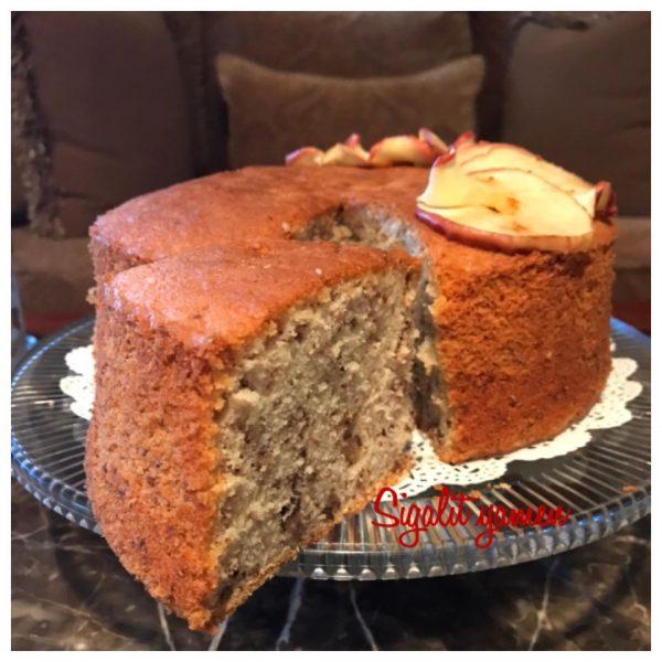 עוגת טורט אגוזים תפוחים אפויים מעל_מתכון של סיגלית ימין