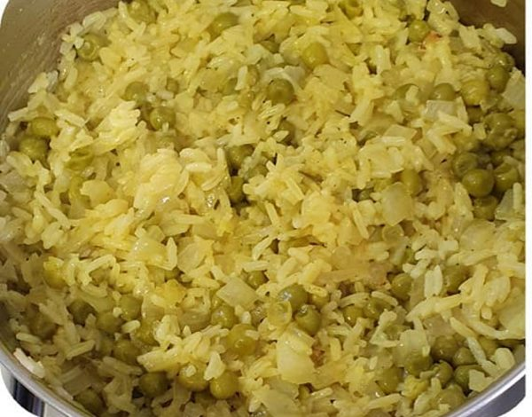 אורז עם אפונה ירוקה_מתכון של יפה וקס-ברקו