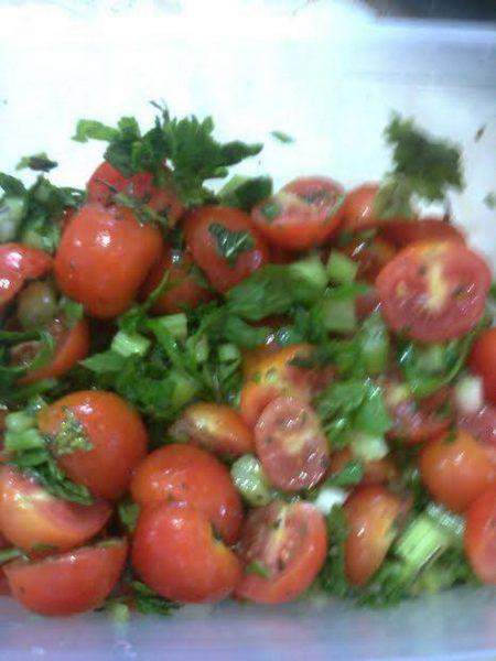 סלט עגבניות שרי_מתכון של מלכי מוספי