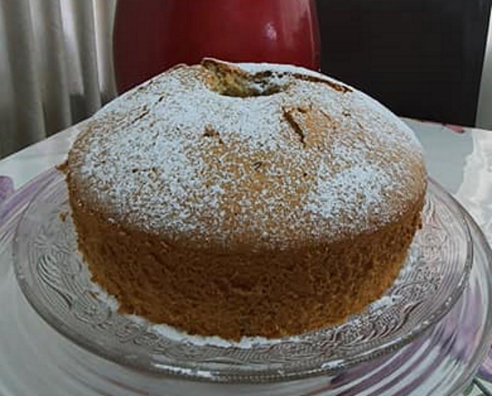 מתכון כתוב + סרטון המחשה להכנת עוגת טורט אגוזים וקוקוס_מתכון של : נגיעות של אהבה עוגות ועוגיות של ג'יזל