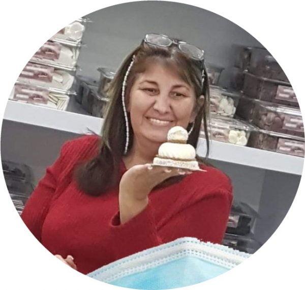 נגיעות של אהבה עוגות ועוגיות של ג'יזל