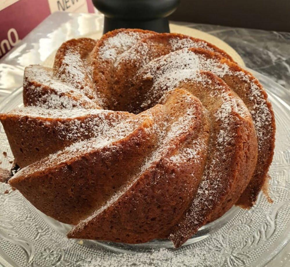 עוגת דבש עם גזר ותפוח_מתכון של : נגיעות של אהבה עוגות ועוגיות של ג'יזל