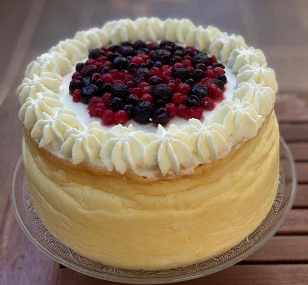 עוגת גבינה קלאסית גבוה ואוורירית_מתכון של סמדר ואלי וקנין