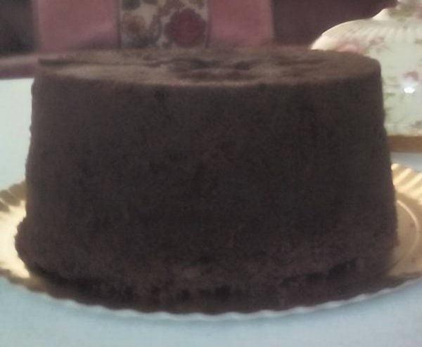 עוגת טורט שוקולית יפה גבוהה וטעימה מאוד_מתכון של יפה דודיאן