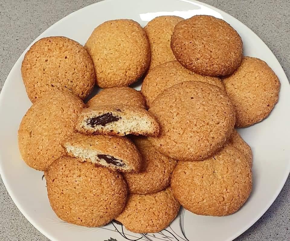 עוגיות קוקוס במילוי שוקולד_מתכון של יפה וקס ברקו