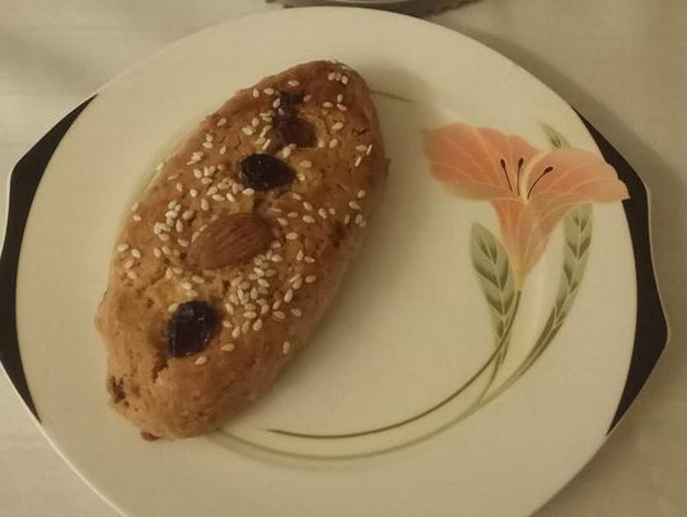 בולו … עוגת שקדים עם צימוקים תבלין שומר_מתכון של אורנה זוארי