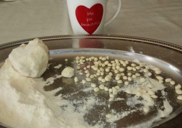 ניקיטוש טוניסאי … פתיתים למרק עוף עם קוסקוס_מתכון של אורנה זוארי