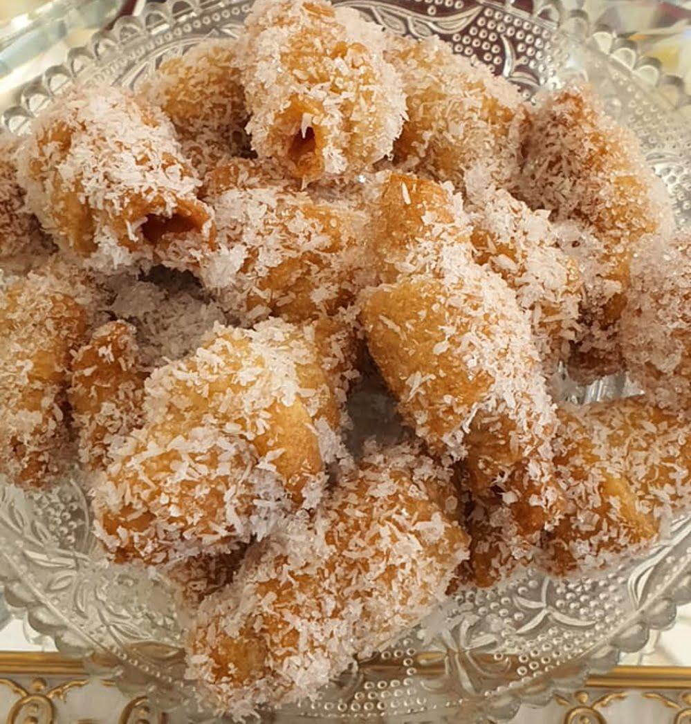 עוגיות בציפוי קוקוס ודבש_מתכון של : נגיעות של אהבה עוגות ועוגיות של ג'יזל