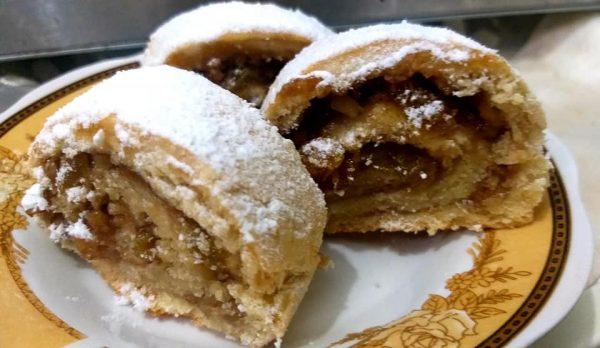 מגולגלות ריבת תאנים אגוזים וצימוקים מבצק ספידי_מתכון של רוחמה כהן