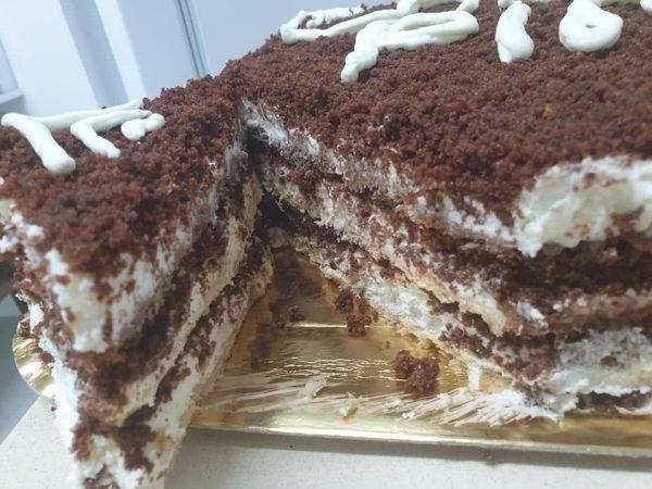 עוגה קרה בשילוב פירורי עוגת שוקולד ❤ _מתכון של ירדנה ג'נאח