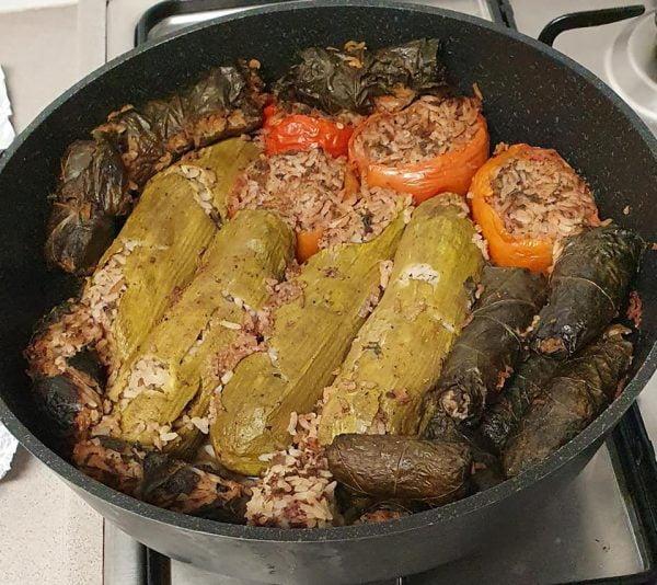 ממולאים בבשר טחון ואורז (קישוא.עגבניה ועלי גפן)
