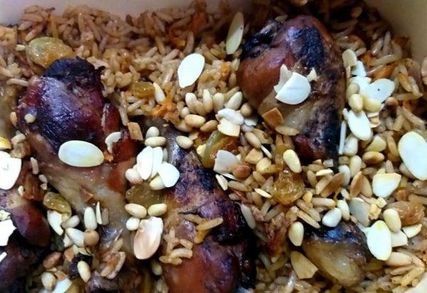אורז מתובל עם שוקיי עוף_מתכון של רוחמה כהן