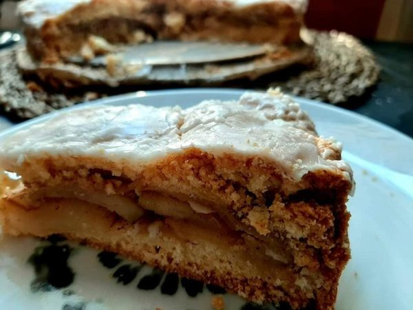 עוגת תפוחים טעימה וקלה_מתכון של ברכה זולינג