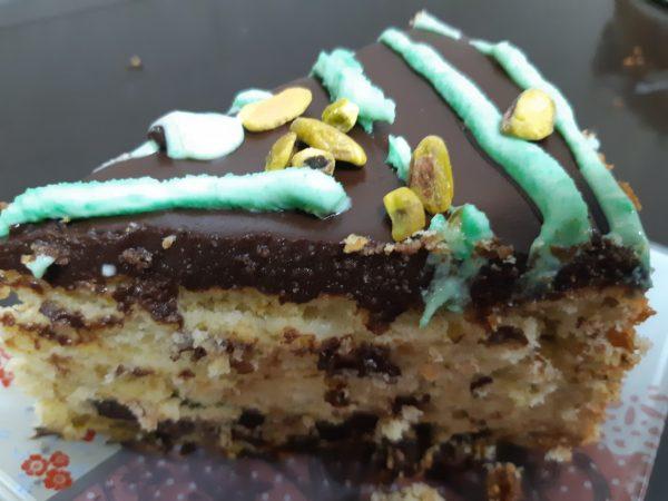 עוגת פיסטוק,לימון ושוקולד צ'יפס בציפוי גאנש פרווה_מתכון של אורנה ועלני