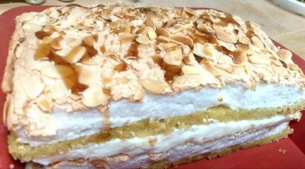 עוגת קצף וקצפת בזיגוג מייפל_מתכון של רוחמה כהן – מאסטר מתכונים
