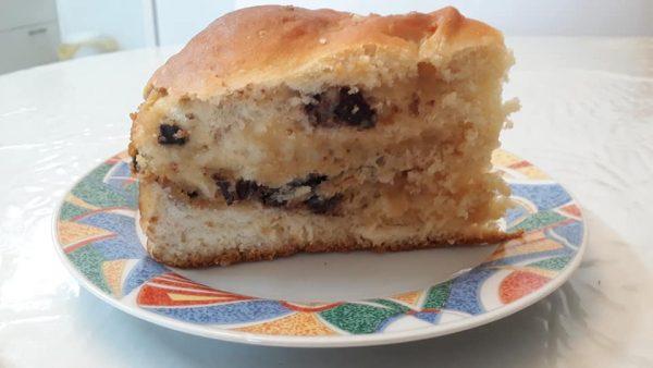 עוגת שמרים במילוי חלבה ופצפוצי שוקולד_מתכון של תהילה גיל