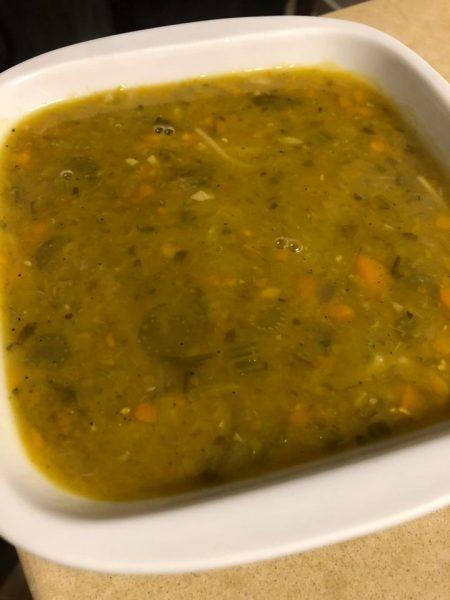 מרק אפונה יבשה עם גזר🌺_מתכון של עדינה בטש