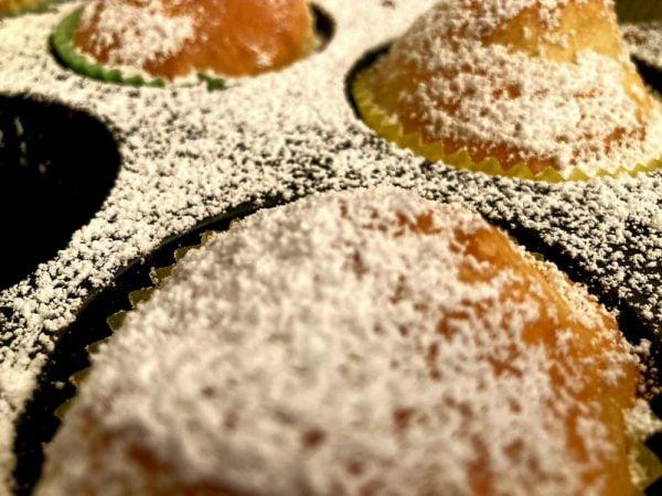 סופגניות יוגורט ללא שמן בתבנית שקעים😋_מתכון של ברכה זולינג
