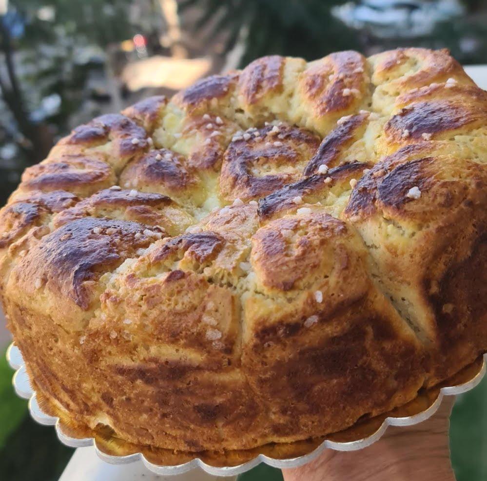 מתכון כתוב + סרטון להכנת עוגות קראנץ' שמרים (בריוש) עם מגוון מילויים_מתכון זקלין פדלון