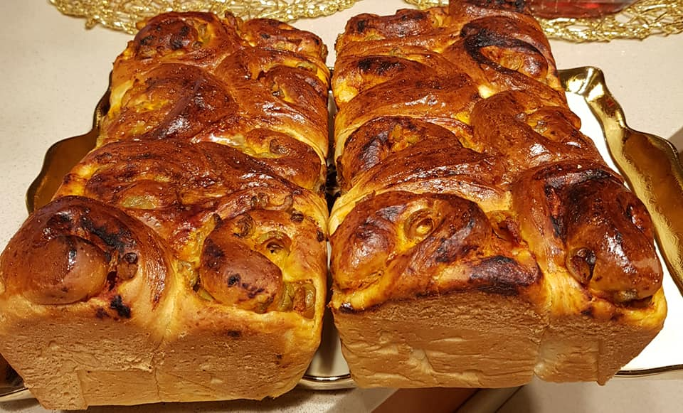 חלות במילוי פסטו ,גבינות וזיתים_מתכון של נורית יונה