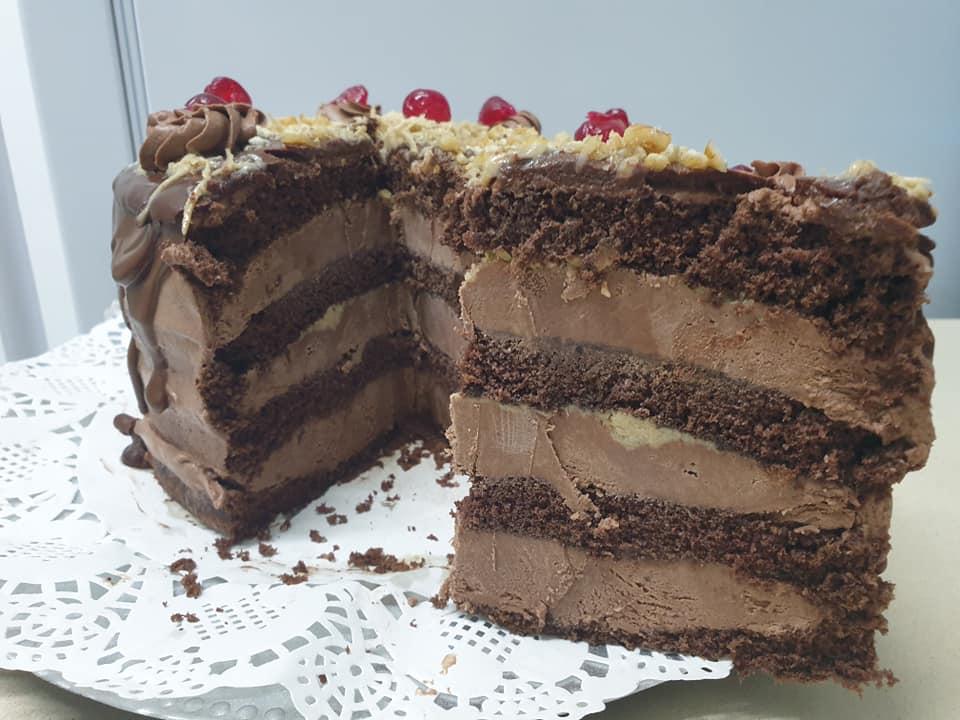 עוגה עשירה ב 5 דקות עבודה 🙂עשירה לימי הולדת או לשבת_מתכון של ירדנה ג'נאח