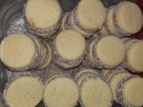 עוגיות אלפחורס_מתכון  של אתי כהן