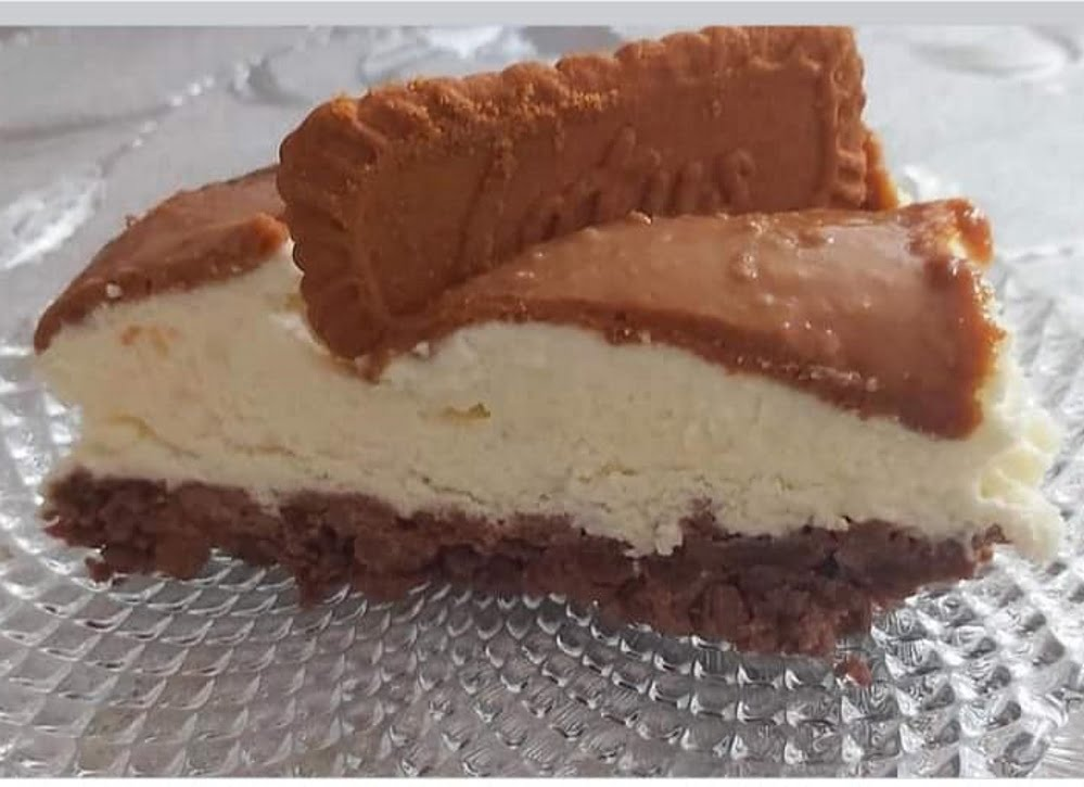 עוגת לוטוס קראנצית_מתכון של רוז טעים במטבח אוחנה
