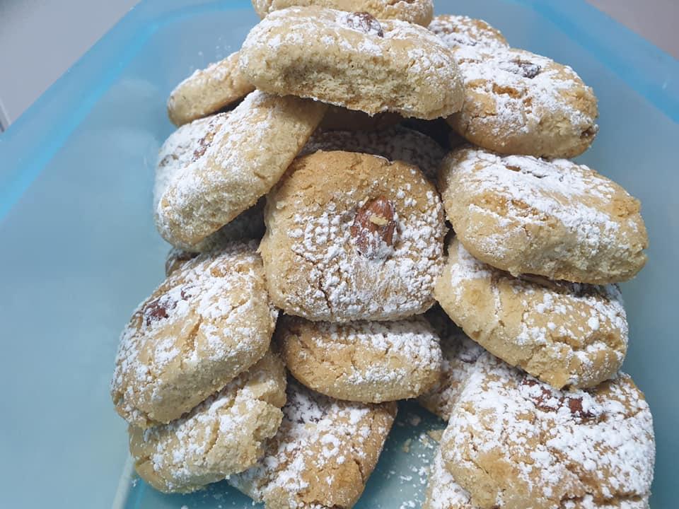 עוגיות טחינה בטעם חלבה … קלות הכנה וטעימות … מתכון של מלי מאירוב_ירדנה ג'נאח