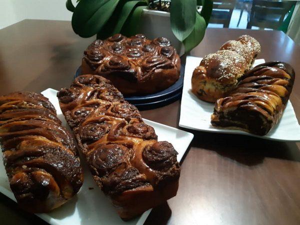 עוגות שמרים במילוי פרג, נוטלה, שחר, וחלבה_מתכון  של אפרת מילוא טויטו -מאסטר מתכונים