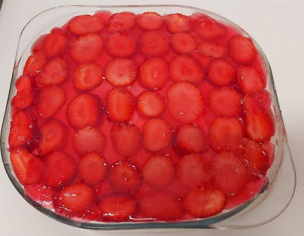 עוגת תות קצפת וג'לי_מתכון של רוז טעים במטבח אוחנה