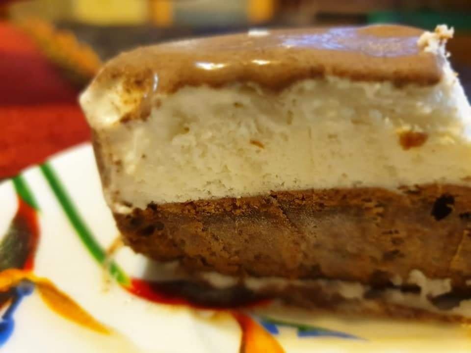 עוגת גלידה בשכבות שצרובות בעונג רב_מתכון של גלית נחמן