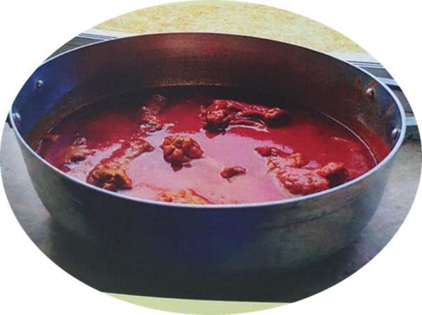 """טבחה חומוס/לוביה (מגישים כרוטב על הקוסקוס )_מתוך חוברת המתכונים הטריפוליטאית של רחל שטיבי ז""""ל – מאסטר מתכונים"""