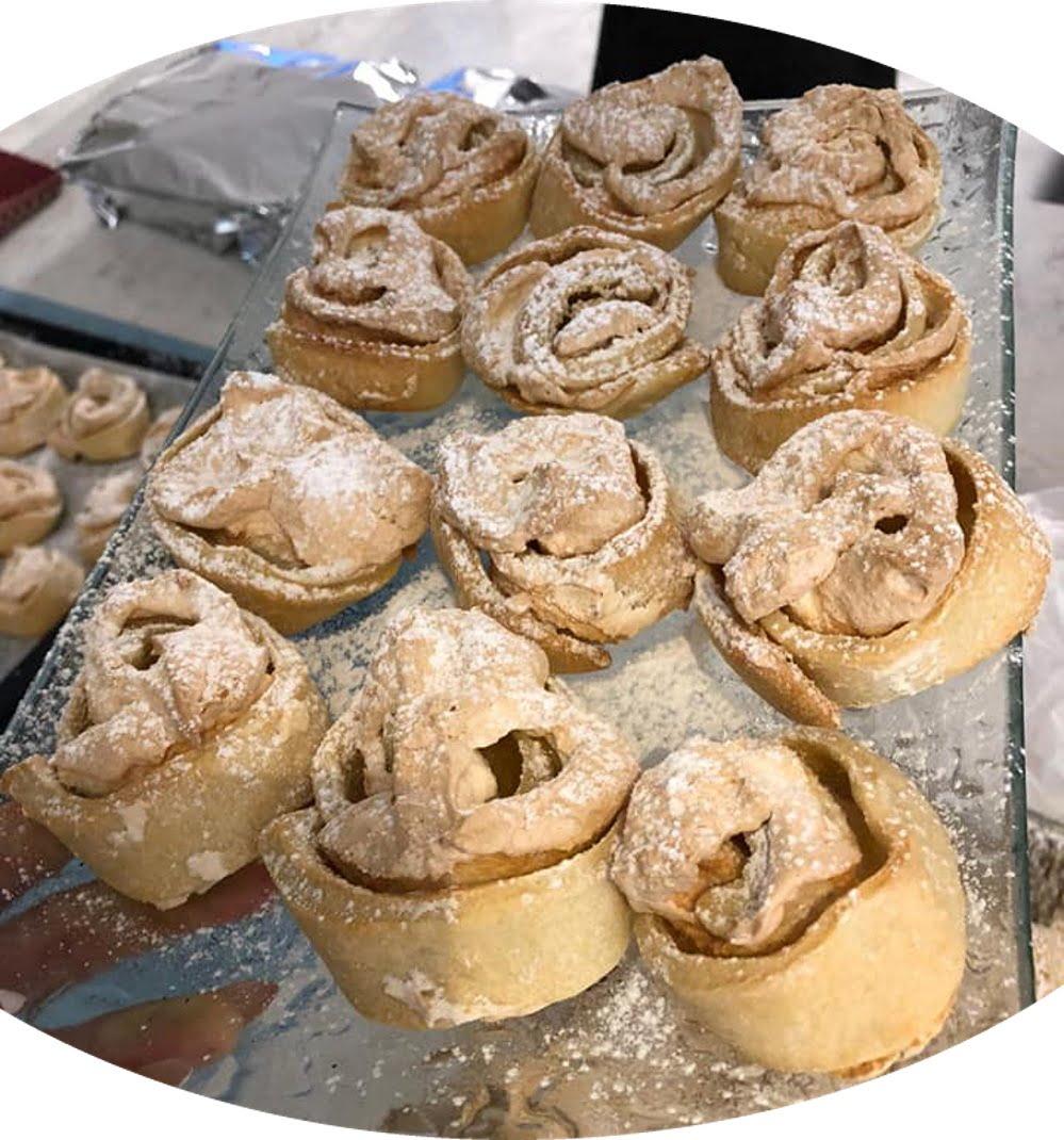 עוגיות שושנים במילוי קרם וניל_מתכון של אילנה בוכריס – מאסטר מתכונים