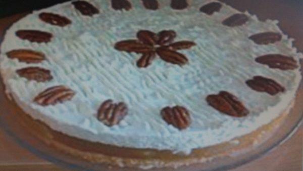 עוגת תפוחים וקצפת עוגת שכבות עשירה לראש השנה_מתכון של גילה כהן אבני – מאסטר מתכונים